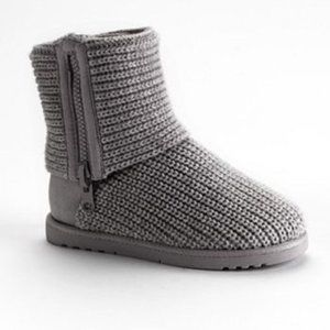 Women's SO Gray Ankle Sweater Boots 9